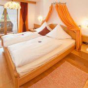 Ferienwohnung in Krün, Karwendel, Krottenkopf 5 ***** Sterne, Schlafzimmer