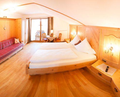 Ferienwohnung in Krün, Karwendel, Wetterstein 5 ***** Sterne, Schlafzimmer